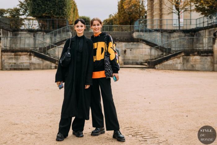 Paris SS 2021 Street Style: Black wide leg pants